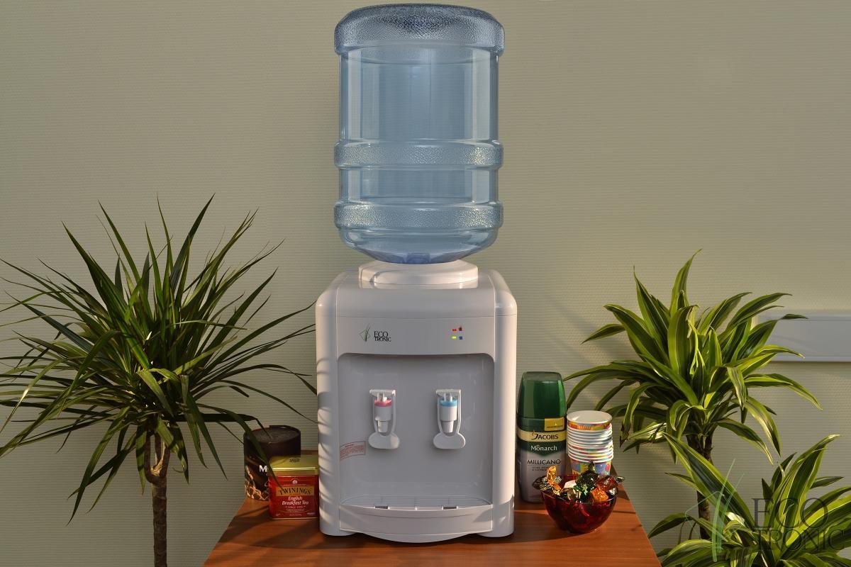 кулер для воды для дома